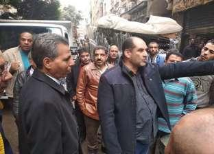 """رئيس حي الأزبكية يطالب تجار """"التوفيقية"""" بالالتزام بـ""""لائحة الأسواق"""""""