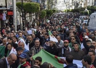 إغلاق دَرَج البريد المركزي رمز الاحتجاجات في الجزائر خوفا من انهياره