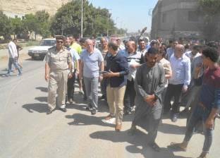 محافظ المنيا يتفقد طريق الشرفا لمتابعة أعمال لجنة تفادي تكرار الحوادث