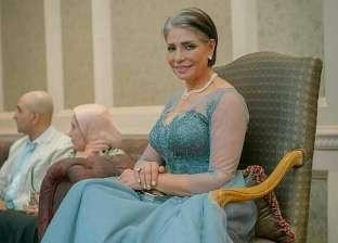 """سوسن بدر: أحمد عبدالعزيز لم يفِ بوعده لى.. وتشبيهى بـ""""كليوباترا"""" شرف كبير"""