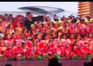 بالفيديو| انهيار خشبة مسرح أثناء عرض فني للأطفال في الصين
