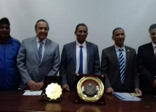 """توقيع اتفاقية تعاون بين """"التربية الرياضية"""" بجامعة أسوان واتحاد الدارتس"""