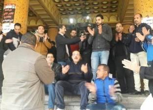 """عمال """"نقابات مصر"""" يعلقون """"احتجاجات العلاوة"""" لبعد انتخابات الرئاسة"""