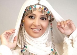 «رقصة بالية» و«شوية حظ» و«حجاب».. سيرة حنان ترك مع «أهل الفن»