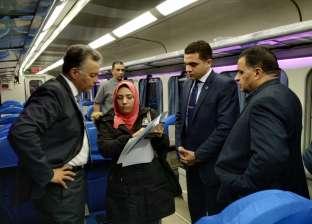 بالصور| وزير النقل يتابع حالة السكة الحديد ومشروع تطوير نظم الإشارات