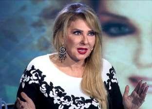 """نادية الجندي عن تسببها في إفلاس عماد حمدي: """"كدابين ومرضى"""""""