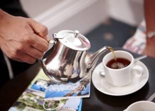 احذر من تناول الشاي بعد الطعام