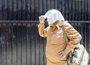 """""""الأرصاد"""": ارتفاع طفيف بدرجات الحرارة غدا.. والعظمى بالقاهرة 36 درجة"""