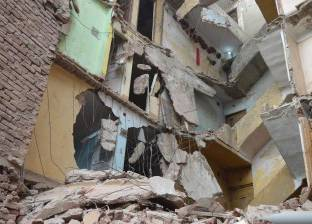 انهيار عقار من 5 طوابق بأسيوط.. وأنباء عن وقوع ضحايا
