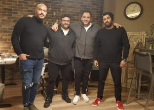 """أكرم حسني ومحمد سامي ووليد منصور يواصلون تصوير """"الأوضة الضلمة الصغيرة"""""""