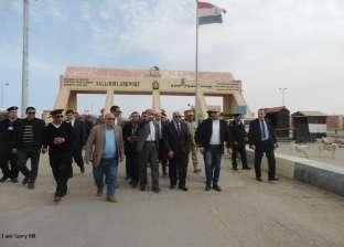 سفر 683 مصريا وليبيا عبر منفذ السلوم