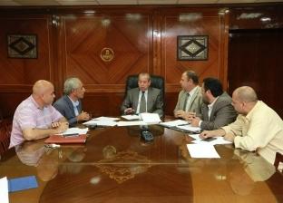 بالصور  محافظ كفر الشيخ يناقش خطة إقامة مشروعات الإسكان