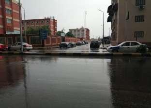 أمطار غزيرة ورعد في بورسعيد وتوقف الصيد حتى استقرار الطقس