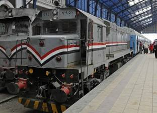 """تأخر قطارات على خط الصعيد نتيجة تعطل سيارة نقل على منفذ """"الدكني"""""""
