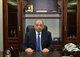 محمود شعراوي يطالب العاملين في الوزارة بالانضباط والالتزام