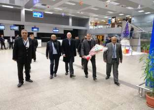"""مطار الغردقة الدولي يستقبل أساطير القارة السمراء لحضور حفل """"الأفضل"""""""