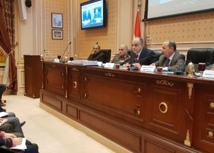 نصار يستعرض خطة عمل تنمية الصناعات الصغيرة والمتوسطة في مجلس النواب