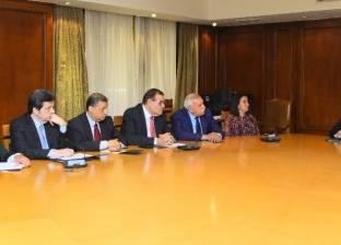 اليوم.. وزير التجارة يترأس اجتماع المجلس الأعلى للصناعات النسيجية