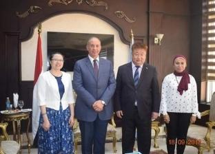 محافظ البحر الأحمر يدعو القنصل الصيني لتنظيم أسبوع ثقافي في الغردقة