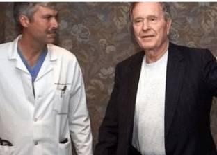 قتل طبيب جورج بوش بالرصاص في تكساس