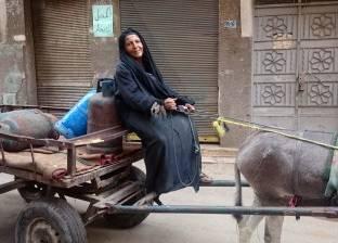 «أم شادى» تبيع الأنابيب من 12 سنة: «ضهرى انكسر»