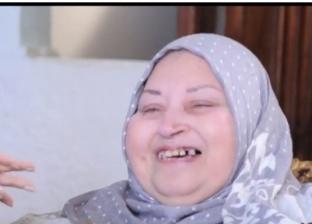 محمد هنيدي ينعى والدة الشهيد أحمد منسي: متجمعين في الجنة