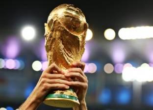 حكاية من كأس العالم| شارك فيها لاعب بيد واحدة.. قصة أول بطولة مونديال