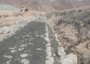صيانة سدي الجيبي والغائب لحماية مدينة دهب من أخطار السيول
