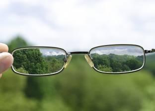 دراسة: ضعف النظر ينذر بمشاكل عقلية في المستقبل