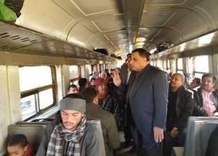 بالصور| رئيس هيئة سكك حديد مصر يتفقد محطة القاهرة وخط المناشي