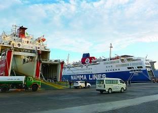 ميناء سفاجا يستقبل 692 رأس عجول حية من السودان
