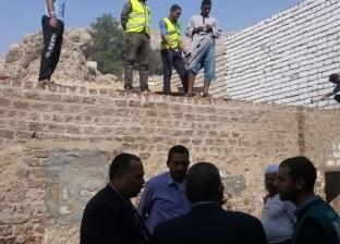 محافظ أسيوط: بدء سقف المنازل المتضررة من الأمطار بعزبة سعيد في أبنوب