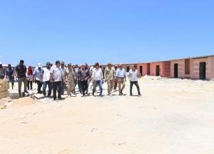 محافظ مطروح يتفقد شاطئ الغرام: إقامة تمثال لليلى مراد ومسرح بالبلاج