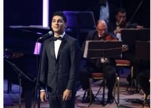 عساف ينعى الشاعر الفلسطيني أحمد دحبور: ستبقى فينا