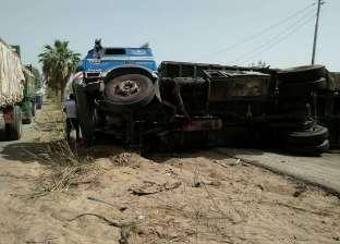 مصرع 6 أشخاص في تصادم 4 سيارات على الطريق الدولي بجنوب سيناء