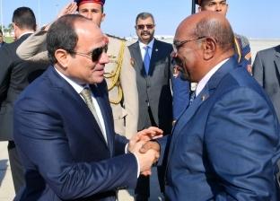"""""""الرئاسة"""": السيسي والبشير ناقشا مشروعات الربط الكهربائي بين البلدين"""