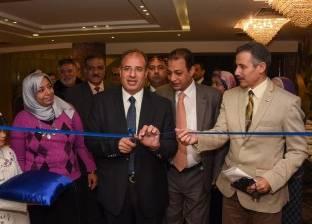محافظ الإسكندرية يفتتح معرض منتجات شباب الأندية الاجتماعية والثقافية
