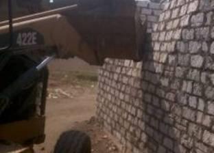 إزالة 11 حالة تعد على الأراضي الزراعية في مدينة بنها