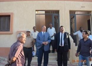 محافظ البحر الأحمر يتفقد مشروع مساكن الروضة بمدينة رأس غارب