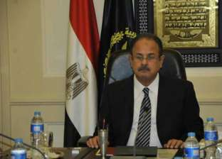 سلطات الأمن بمطار القاهرة تلقي القبض على أحد ملاك القنوات الفضائية
