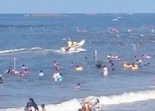 إنقاذ 26 زائرا من الغرق في رأس البر خلال رابع أيام عيد الأضحى