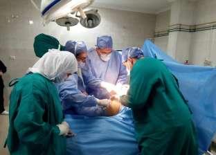 استئصال ورم على شكل رأس وزنه 8 كيلو داخل مستشفى التأمين الصحي ببنها