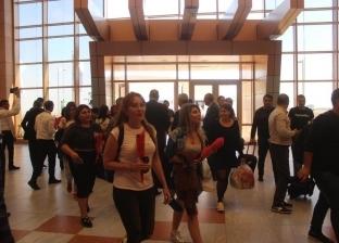 بالصور| مطار شرم الشيخ يستقبل أولى رحلات الطيران من أذربيجان بالورد