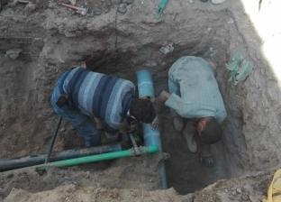 محافظ أسيوط: تركيب خط مياه جديد بعزبة سعيد ولجنة هندسية لترميم المنازل