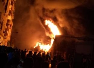 مصدر أمني: الاستعانة بسيارات إطفاء من الغربية والقليوبية للسيطرة على حريق مخزن الكاوتش