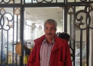 «طارق» بين 3 أماكن مالهمش رابع: البيت والجامع والشهر العقارى