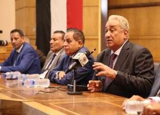 """""""عاشور"""" لشباب المحامين: الدستور أكد دور المحاماة العظيم"""