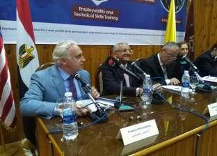 رئيس الجامعة الأمريكية بالقاهرة: أدعو الأمريكان للسياحة في المنيا