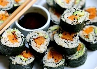 طالب يغير اسمه إلى سمكة مقابل 3842 جنيها: «كل بيهم سوشي»