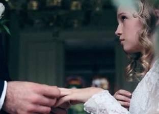 «العنف ضد المرأة».. «إيمان» ضحية زواج القاصرات: «تنازلت عن حقوقى عشان يطلقنى ويثبت نسب بنتى»
